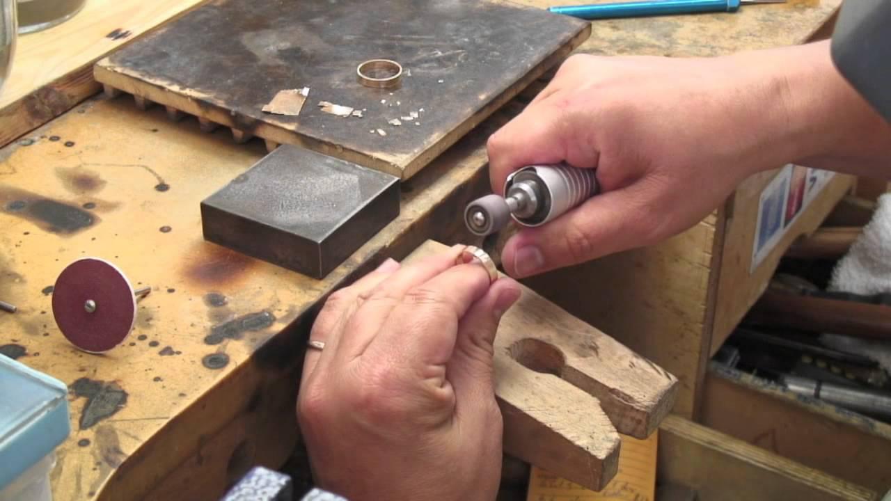 Proceso de fabricación de los joyas de oro
