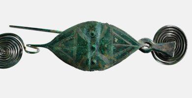 Historia de los broches : Arte de la Orfebrería y Joyería